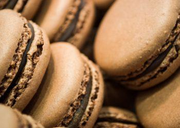 chocolate-macaroons_batuhan_toker-iStock-GettyImagesPlus-LEDE